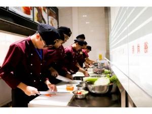 初中毕业海南学厨师学校